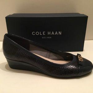 """NIB / Cole Haan """"Elsie"""" logo blue leather wedge"""